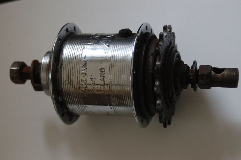 Sturmey Archer Hub